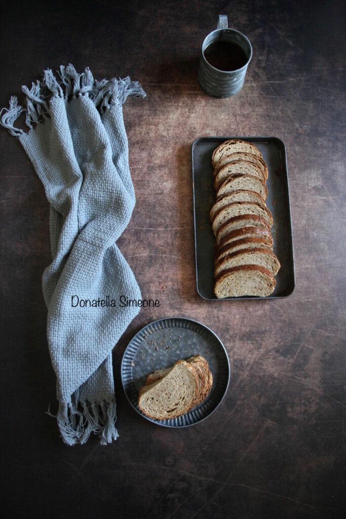 Fette biscottate integrali con lievito madre